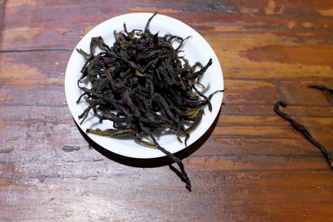 鸭屎香单丛的干茶